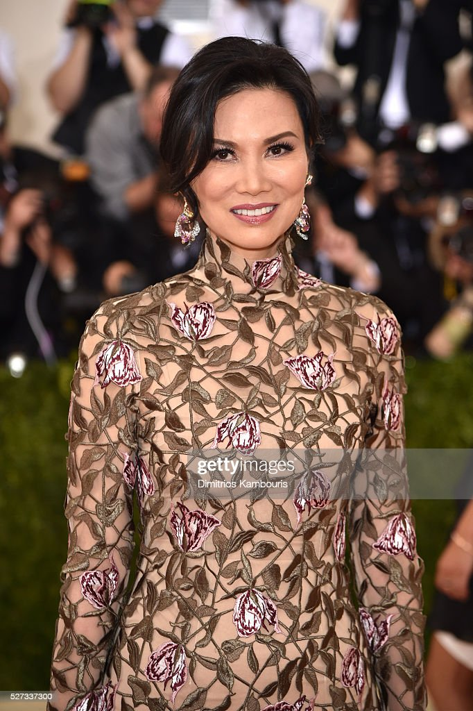 Wendi Deng Murdoch attends the 'Manus x Machina: Fashion In An Age Of Technology' Costume Institute Gala at Metropolitan Museum of Art on May 2, 2016 in New York City.