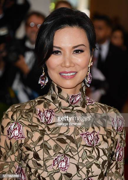 Wendi Deng Murdoch attends the 'Manus x Machina Fashion in an Age of Technology' Costume Institute Gala at the Metropolitan Museum of Art on May 2...