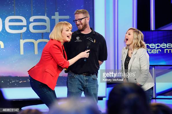 ME '102' Wendi McLendonCovey instructs three of her celebrity friends Kristin Bell Justin Bieber and Michael Bolton via a remote ear piece to...