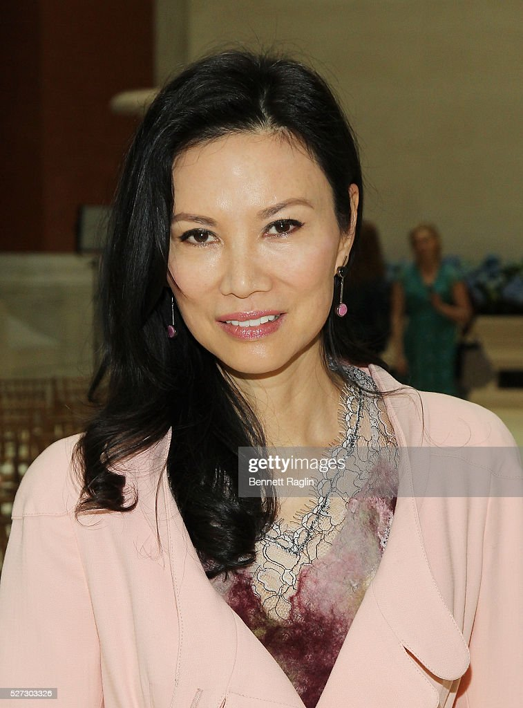 Wendi Murdoch attends the 'Manus x Machina: Fashion In An Age Of Technology' - Press Preview at Metropolitan Museum of Art on May 2, 2016 in New York City.