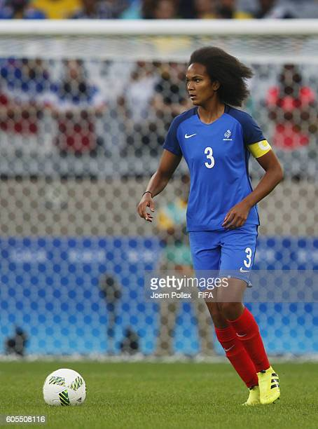 Wendie Renard of France controls the ball during the Women's Group G match between USA and France on Day 1 of the Rio2016 Olympic Games at Mineirao...