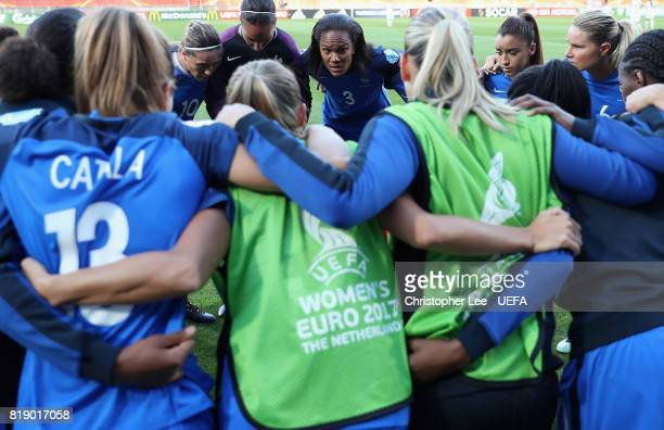 Wendie Renard of France gives a team talk before kick off during the UEFA Women's Euro 2017 Group C match between France and Iceland at Koning Willem...