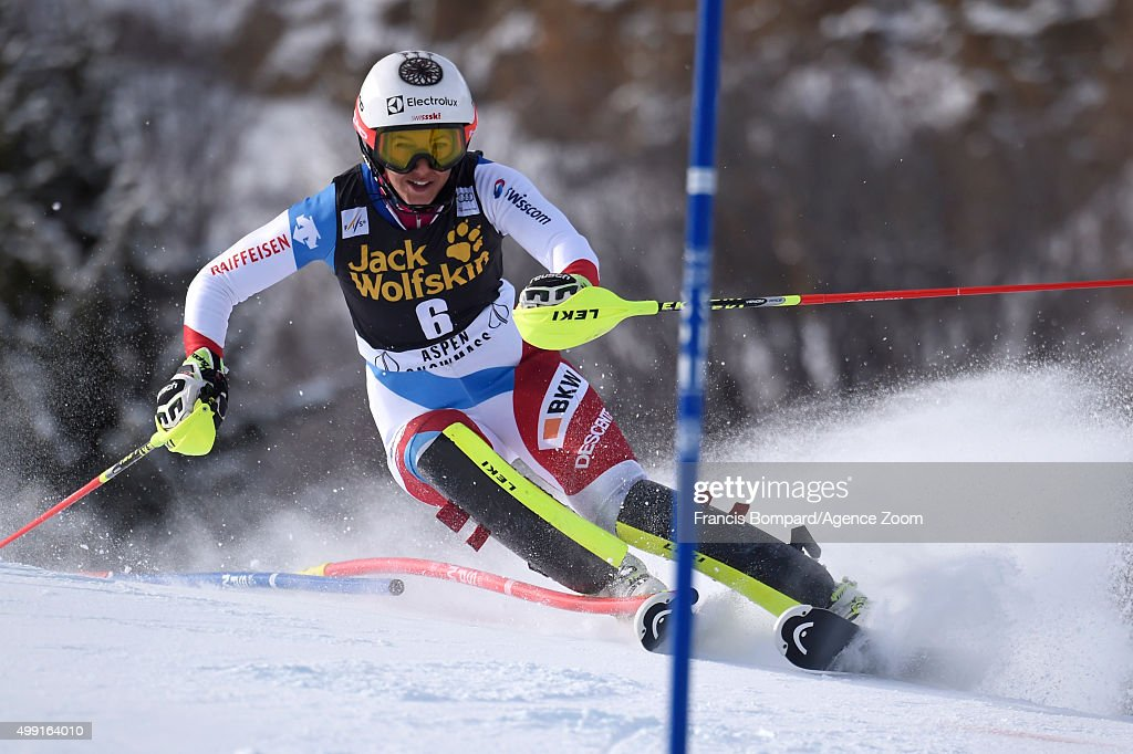 <a gi-track='captionPersonalityLinkClicked' href=/galleries/search?phrase=Wendy+Holdener&family=editorial&specificpeople=7471001 ng-click='$event.stopPropagation()'>Wendy Holdener</a> of Switzerland competes during the Audi FIS Alpine Ski World Cup Women's Slalom on November 29, 2015 in Aspen, Colorado.