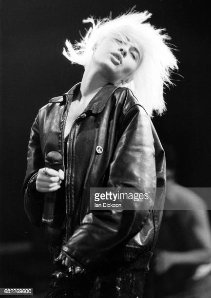 Wendy James of Transvision Vamp performing on stage at Hammersmith Odeon London 29 October 1989