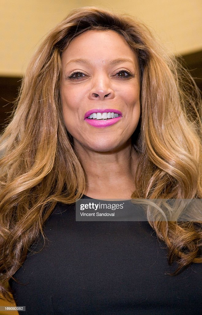 <a gi-track='captionPersonalityLinkClicked' href=/galleries/search?phrase=Wendy+Williams&family=editorial&specificpeople=4134023 ng-click='$event.stopPropagation()'>Wendy Williams</a> signs copies of her new book 'Ask Wendy!' at Barnes & Noble bookstore at The Grove on May 23, 2013 in Los Angeles, California.