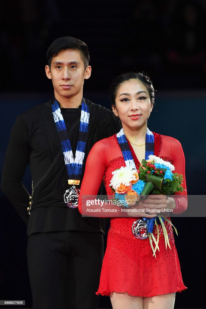 Вэньцзин Суй - Цун Хань / Wenjing SUI - Cong HAN CHN - Страница 11 Wenjing-sui-and-cong-han-of-china-pose-on-the-podium-after-the-pairs-picture-id888807956