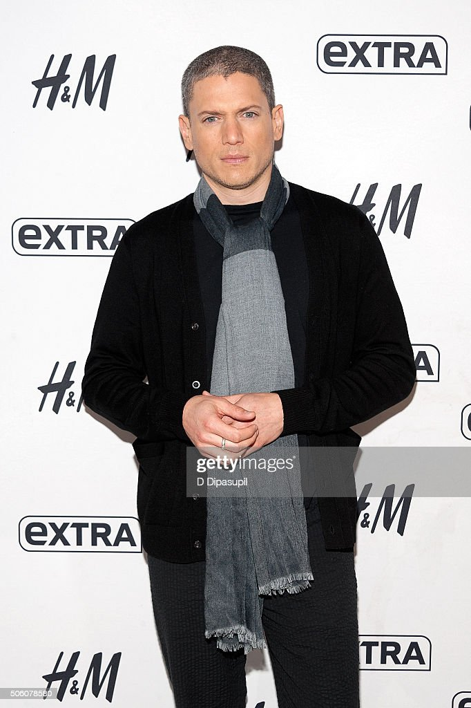 """Wentworth Miller Visits """"Extra"""""""