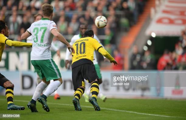 FUSSBALL 1 BUNDESLIGA SAISON SV Werder Bremen Borussia Dortmund Henrikh Mkhitaryan erzielt das Tor zum 12