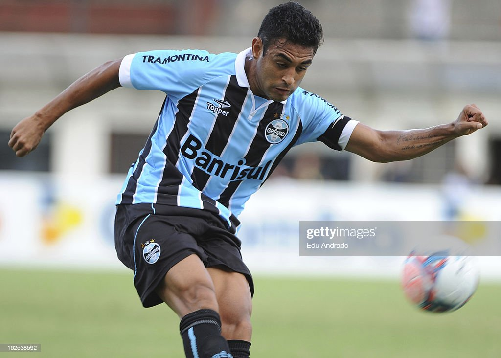 Werley of Gremio during a match between Gremio and Internacional as part of the Gaucho championship at Centenario stadium on February 24, 2013 in Caixas Do Sul, Brazil.