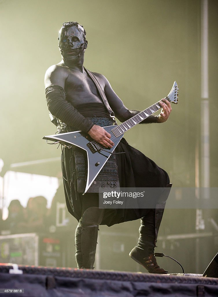 Wes Borland of Limp Bizkit performs live onstage during the 2014 Louder Than Life Festival at Champions Park on October 4, 2014 in Louisville, Kentucky.