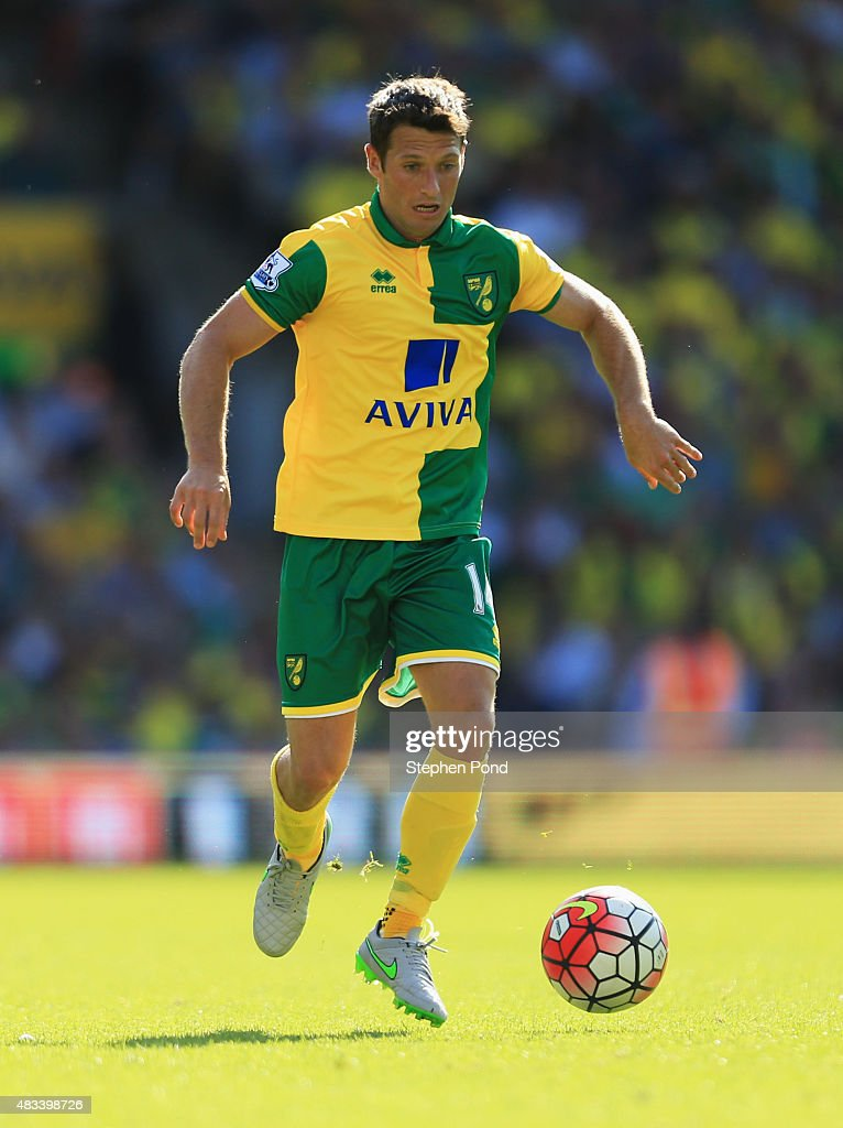 Wes Hoolahan of Norwich City in action during the Barclays Premier League match between Norwich City and Crystal Palace at Carrow Road on August 8...