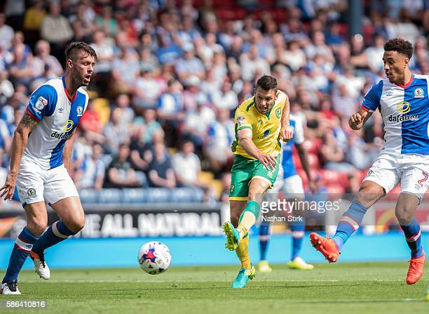 Wes Hoolahan of Norwich scores the second goal during the Sky Bet Championship match between Blackburn Rovers and Norwich City at Ewood park on...