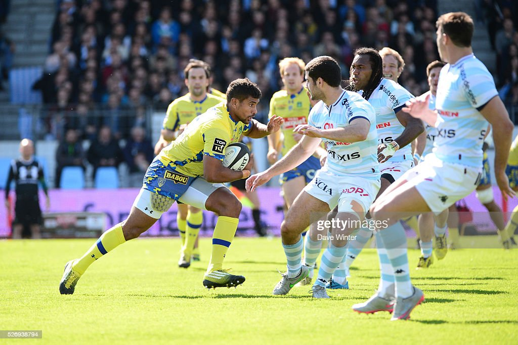 Wesley Fofana of Clermont on the charge during the French Top 14 rugby union match between Racing 92 v Clermont at Stade Yves Du Manoir on May 1, 2016 in Colombes, France.