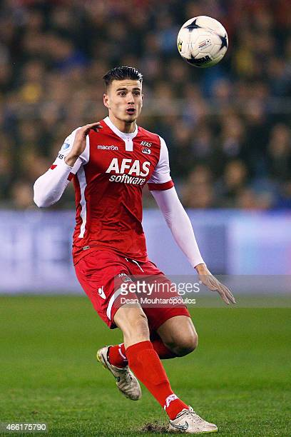 Wesley Hoedt of AZ in action during the Dutch Eredivisie match between Vitesse Arnhem and AZ Alkmaar held at Gelredome on March 13 2015 in Arnhem...