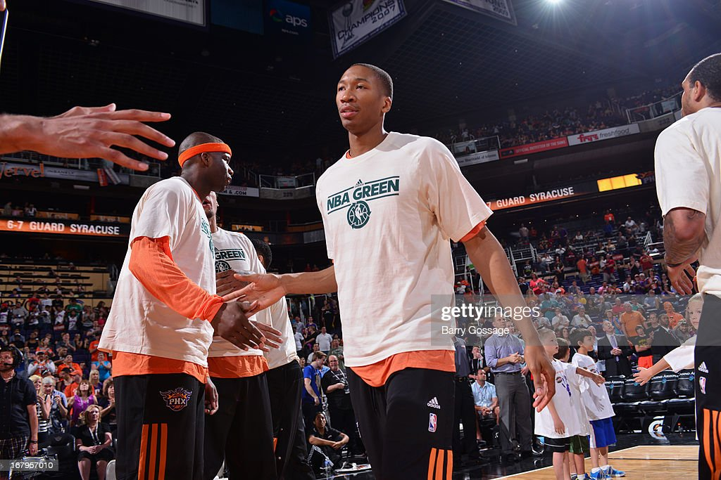 <a gi-track='captionPersonalityLinkClicked' href=/galleries/search?phrase=Wesley+Johnson+-+Basketball+Player&family=editorial&specificpeople=4184049 ng-click='$event.stopPropagation()'>Wesley Johnson</a> #2 of the Phoenix Suns runs out before the game against the New Orleans Hornets on April 7, 2013 at U.S. Airways Center in Phoenix, Arizona.