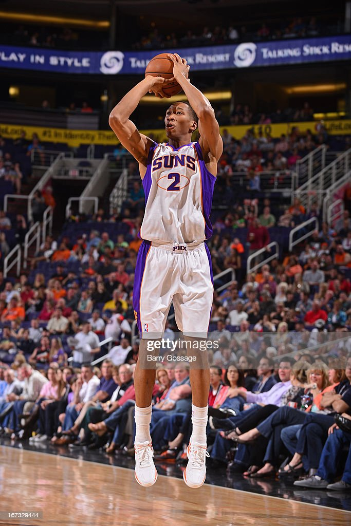 <a gi-track='captionPersonalityLinkClicked' href=/galleries/search?phrase=Wesley+Johnson+-+Basketballer&family=editorial&specificpeople=4184049 ng-click='$event.stopPropagation()'>Wesley Johnson</a> #2 of the Phoenix Suns shoots the ball against the Minnesota Timberwolves on March 22, 2013 at U.S. Airways Center in Phoenix, Arizona.