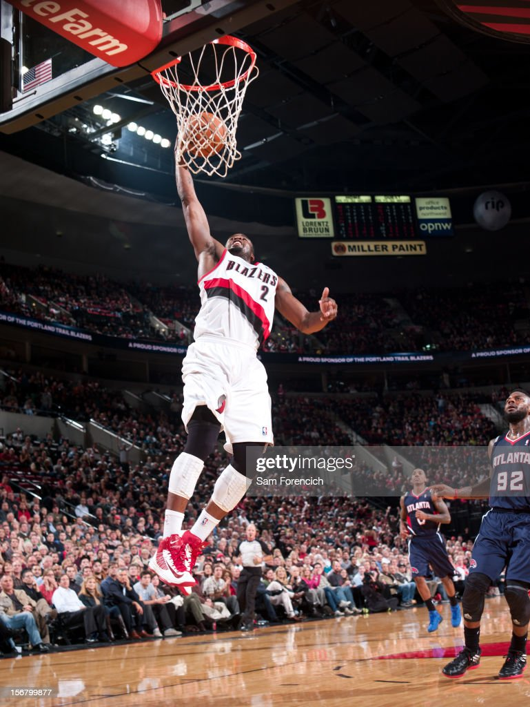 <a gi-track='captionPersonalityLinkClicked' href=/galleries/search?phrase=Wesley+Matthews&family=editorial&specificpeople=804816 ng-click='$event.stopPropagation()'>Wesley Matthews</a> #2 of the Portland Trail Blazers drives to the basket against the Atlanta Hawks on November 12, 2012 at the Rose Garden Arena in Portland, Oregon.