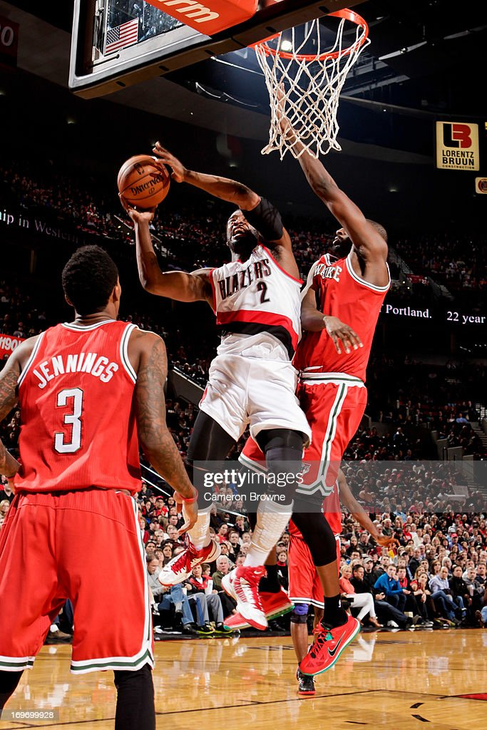 <a gi-track='captionPersonalityLinkClicked' href=/galleries/search?phrase=Wesley+Matthews+-+Basketball+Player&family=editorial&specificpeople=804816 ng-click='$event.stopPropagation()'>Wesley Matthews</a> #2 of the Portland Trail Blazers drives to the basket against the Milwaukee Bucks on January 19, 2013 at the Rose Garden Arena in Portland, Oregon.