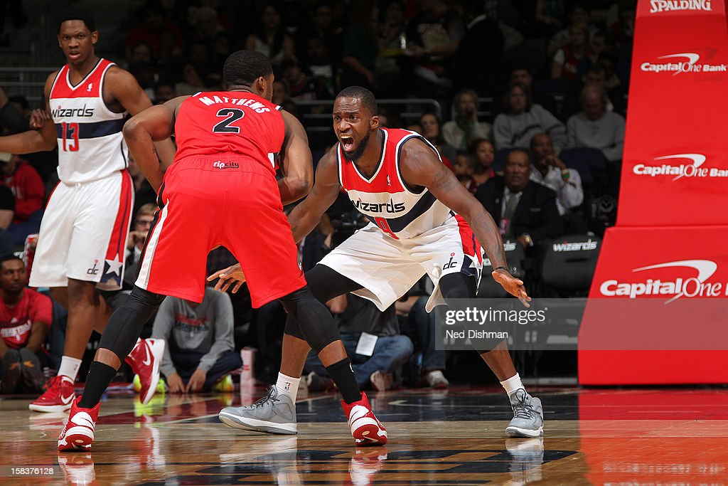 <a gi-track='captionPersonalityLinkClicked' href=/galleries/search?phrase=Wesley+Matthews+-+Basketball+Player&family=editorial&specificpeople=804816 ng-click='$event.stopPropagation()'>Wesley Matthews</a> #2 of the Portland Trail Blazers looks to drive to the basket while guarded by <a gi-track='captionPersonalityLinkClicked' href=/galleries/search?phrase=Martell+Webster&family=editorial&specificpeople=601785 ng-click='$event.stopPropagation()'>Martell Webster</a> #9 of the Washington Wizards at the Verizon Center on November 28, 2012 in Washington, DC.