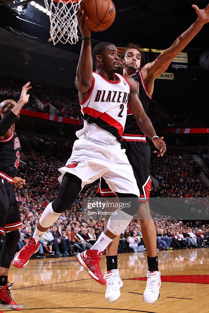 Wesley Matthews #2 of the Portland Trail Blazers makes a pass against Joakim Noah #13 of the Chicago Bulls on November 18, 2012 at the Rose Garden Arena in Portland, Oregon.