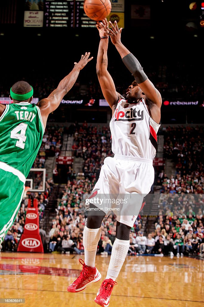 Wesley Matthews #2 of the Portland Trail Blazers shoots against Jason Terry #4 of the Boston Celtics on February 24, 2013 at the Rose Garden Arena in Portland, Oregon.