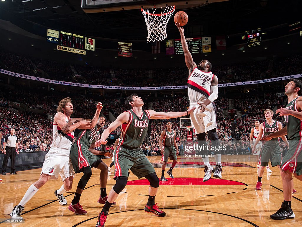 Wesley Matthews #2 of the Portland Trail Blazers shoots against the Milwaukee Bucks on March 18, 2014 at the Moda Center Arena in Portland, Oregon.