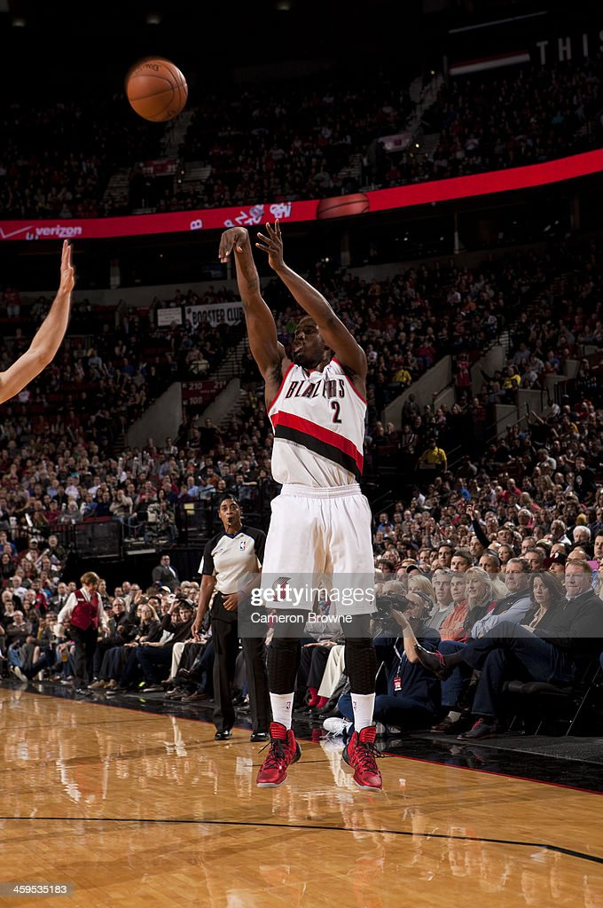 <a gi-track='captionPersonalityLinkClicked' href=/galleries/search?phrase=Wesley+Matthews+-+Basketball+Player&family=editorial&specificpeople=804816 ng-click='$event.stopPropagation()'>Wesley Matthews</a> #2 of the Portland Trail Blazers shoots the ball against the New York Knicks on November 25, 2013 at the Moda Center Arena in Portland, Oregon.