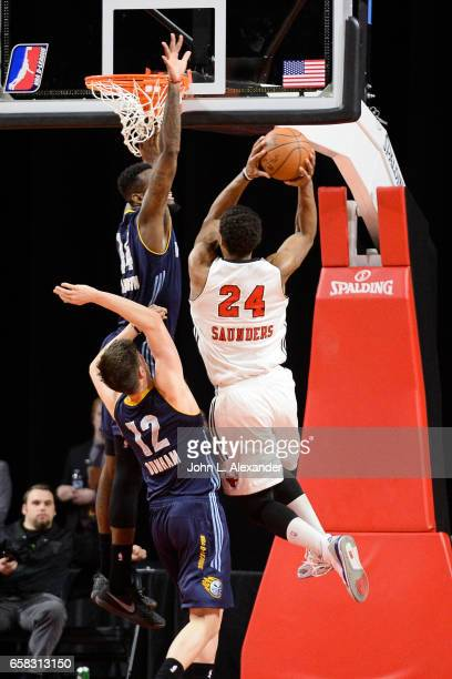 Wesley Saunders of the Windy City Bulls drives to the basket against the Iowa Energy on March 23 2017 at the Sears Centre Arena in Hoffman Estates...