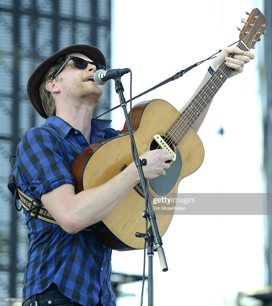 <a gi-track='captionPersonalityLinkClicked' href=/galleries/search?phrase=Wesley+Schultz&family=editorial&specificpeople=9160718 ng-click='$event.stopPropagation()'>Wesley Schultz</a> of The Lumineers performs as part of the 2013 Coachella Valley Music & Arts Festival at the Empire Polo Field on April 21, 2013 in Indio, California.