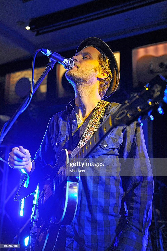 <a gi-track='captionPersonalityLinkClicked' href=/galleries/search?phrase=Wesley+Schultz&family=editorial&specificpeople=9160718 ng-click='$event.stopPropagation()'>Wesley Schultz</a> of The Lumineers performs at The Absolute Radio Sessions at Hard Rock Cafe, Old Park Lane on March 14, 2013 in London, England.