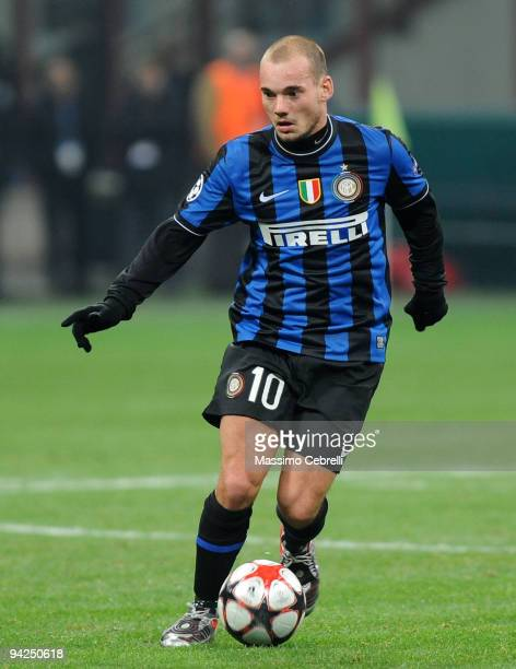 Wesley Sneijder of FC Inter Milan in action during the UEFA Champions League Group F match between FC Inter Milan and FC Rubin Kazan on December 9...