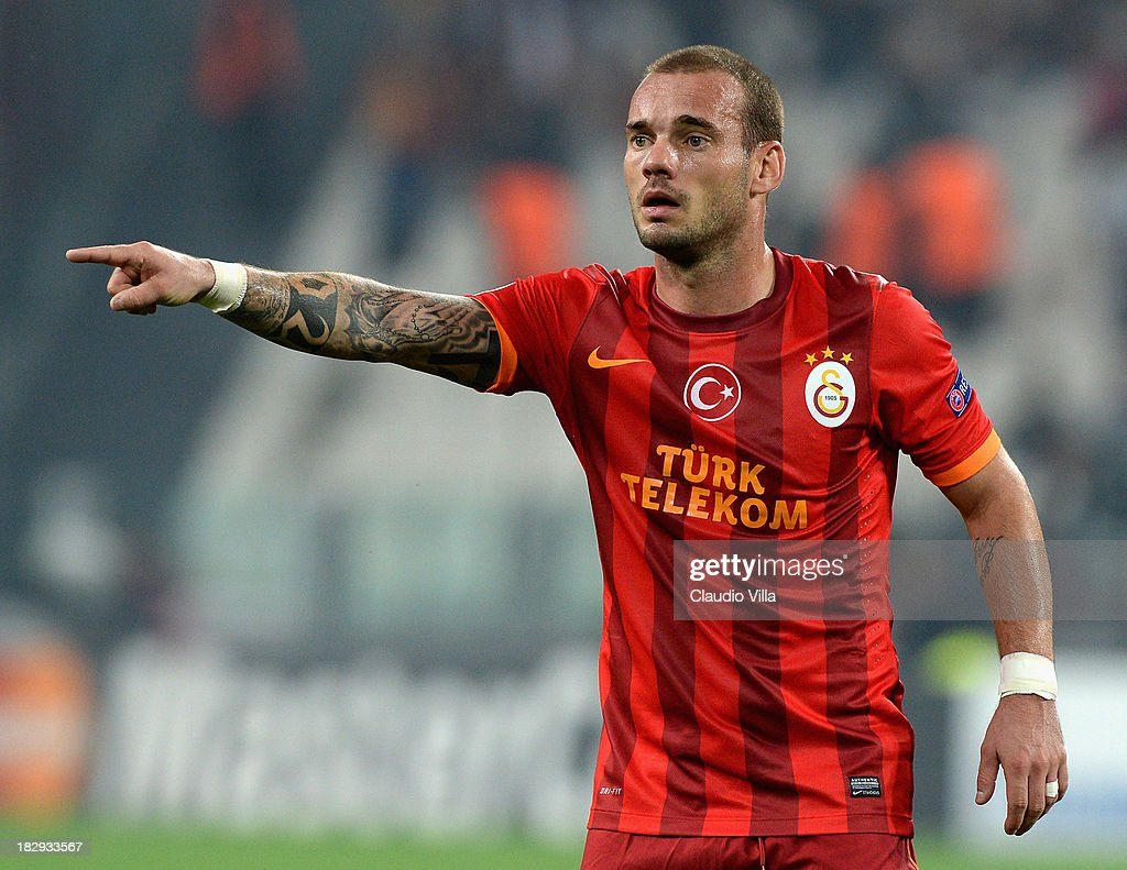 <a gi-track='captionPersonalityLinkClicked' href=/galleries/search?phrase=Wesley+Sneijder&family=editorial&specificpeople=538145 ng-click='$event.stopPropagation()'>Wesley Sneijder</a> of Galatasaray AS during UEFA Champions League Group B match between Juventus and Galatasaray AS at Juventus Arena on October 2, 2013 in Turin, Italy.