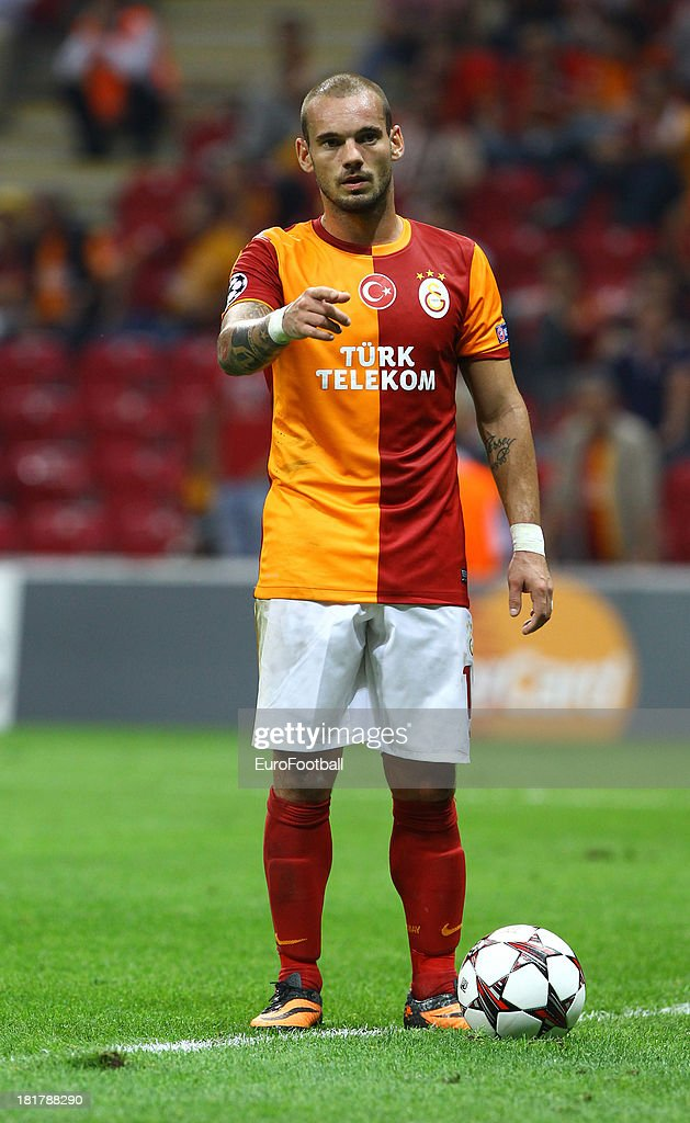 <a gi-track='captionPersonalityLinkClicked' href=/galleries/search?phrase=Wesley+Sneijder&family=editorial&specificpeople=538145 ng-click='$event.stopPropagation()'>Wesley Sneijder</a> of Galatasaray AS in action during the UEFA Champions League group stage match between Real Madrid CF and Galatasaray AS held on September 17, 2013 at the Ali Sami Yen Spor Kompleksi, in Istanbul, Turkey.