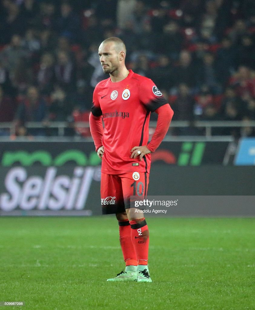 Wesley Sneijder of Galatasaray is seen after the Turkish Spor Toto Super Lig football match between Mersin Idmanyurdu and Galatasaray at Mersin Stadium in Mersin, Turkey on February 13, 2016.