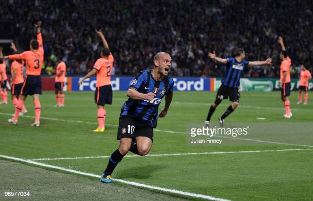 Wesley Sneijder of Inter celebrates his team's third goal scored by Diego Milito during the UEFA Champions League Semi Final 1st Leg match between...