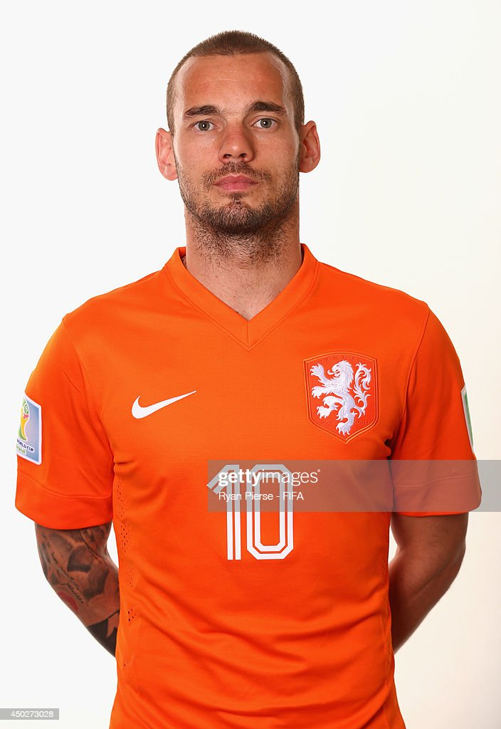 <a gi-track='captionPersonalityLinkClicked' href=/galleries/search?phrase=Wesley+Sneijder&family=editorial&specificpeople=538145 ng-click='$event.stopPropagation()'>Wesley Sneijder</a> of Netherlands poses during the official FIFA World Cup 2014 portrait session on June 7, 2014 in Rio de Janeiro, Brazil.