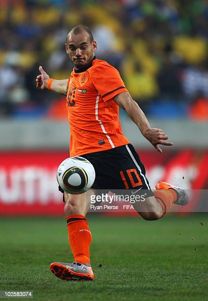 Wesley Sneijder of the Netherlands in action during the 2010 FIFA World Cup South Africa Quarter Final match between Netherlands and Brazil at Nelson...