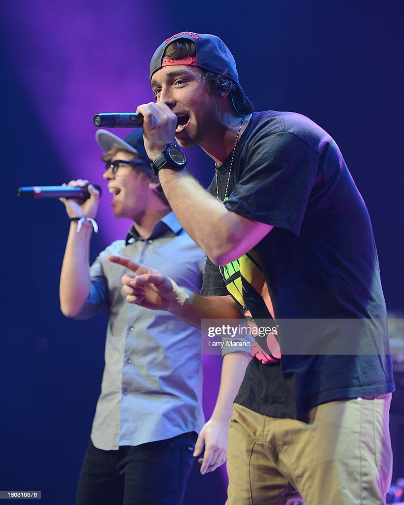 Wesley Stromberg and <a gi-track='captionPersonalityLinkClicked' href=/galleries/search?phrase=Keaton+Stromberg&family=editorial&specificpeople=9720341 ng-click='$event.stopPropagation()'>Keaton Stromberg</a> of Emblem3 perform at BB&T Center on October 29, 2013 in Sunrise, Florida.