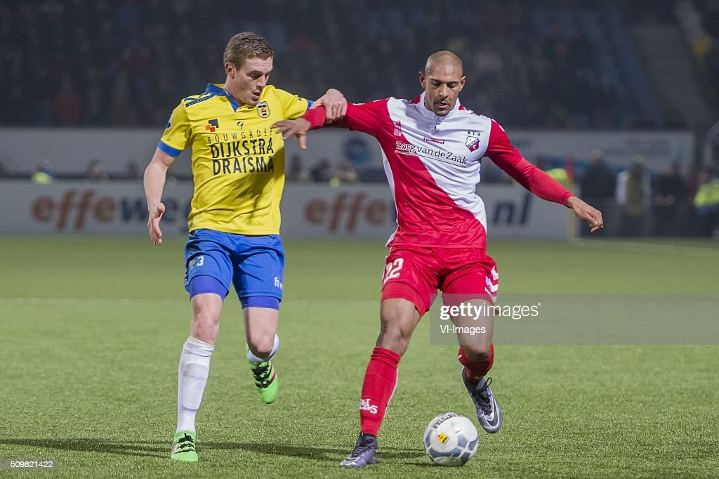 Wessel Dammers of SC Cambuur Leeuwarden, Sebastien Haller of FC Utrecht during the Dutch Eredivisie match between SC Cambuur Leeuwarden and FC Utrecht at the Cambuur Stadium on February 12, 2016 in Leeuwarden, The Netherlands