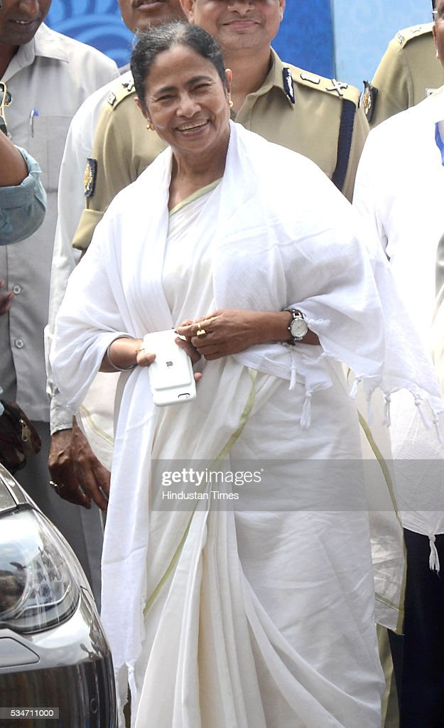 West Bengal Chief Minister Mamata Banerjee during her oath taking ceremony on May 27, 2016 in Kolkata, India. The presence of prominent Non-BJP Non-Congress party leaders like Arvind Kejriwal, Nitish Kumar, Lalu Yadav, Akhilesh Yadav gave air to formation of major Anti-Modi block in 2019.