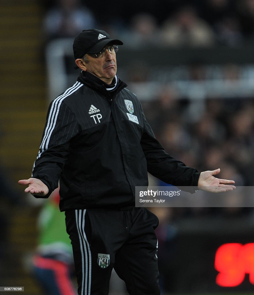West Bromwich Albion Head Coach <a gi-track='captionPersonalityLinkClicked' href=/galleries/search?phrase=Tony+Pulis&family=editorial&specificpeople=2225291 ng-click='$event.stopPropagation()'>Tony Pulis</a> gestures from the sidelines during the Barclays Premier League match between Newcastle United and West Bromwich Albion at St.James' Park on February 6, 2016, in Newcastle upon Tyne, England.