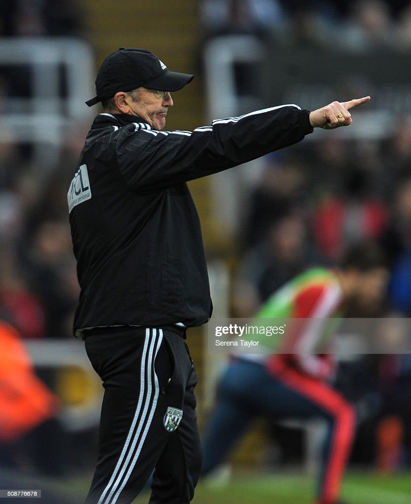 West Bromwich Albion Head Coach <a gi-track='captionPersonalityLinkClicked' href=/galleries/search?phrase=Tony+Pulis&family=editorial&specificpeople=2225291 ng-click='$event.stopPropagation()'>Tony Pulis</a> points from the sidelines during the Barclays Premier League match between Newcastle United and West Bromwich Albion at St.James' Park on February 6, 2016, in Newcastle upon Tyne, England.