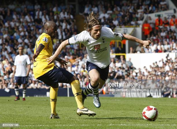 West Bromwich Albion's Gianni Zuiverloon and Tottenham Hotspur's Luka Modric battle for the ball