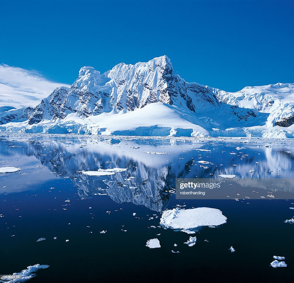 West coast of Antartica : Stock Photo
