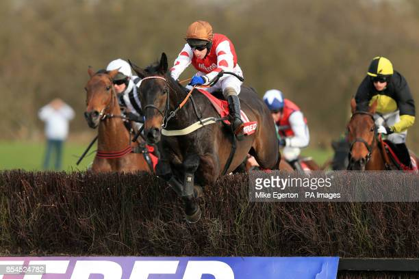 West End Rocker ridden by Wayne Hutchinson during the Betfred Midlands Grand National Chase
