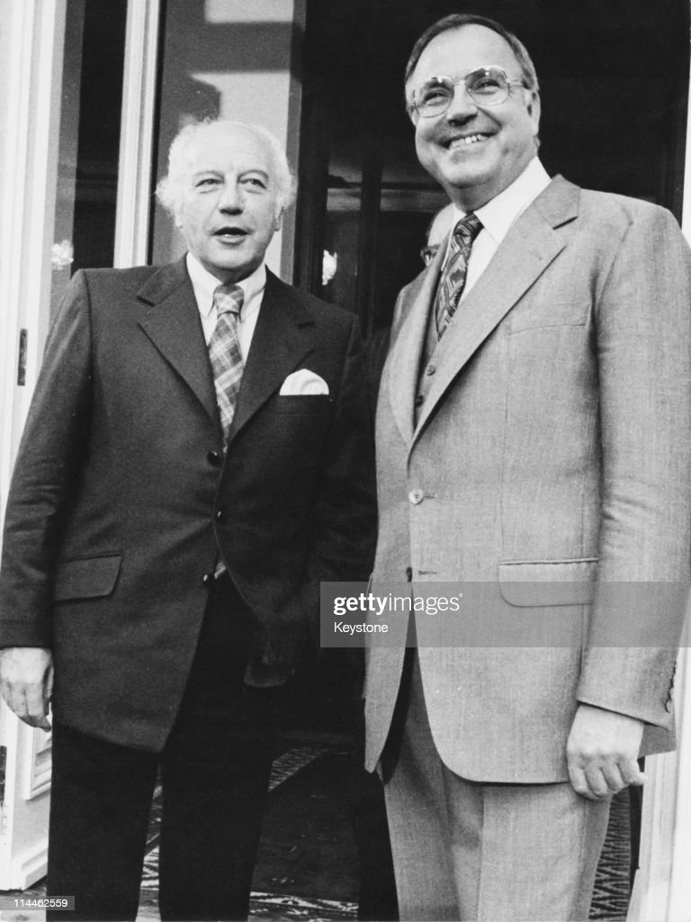 West German President <a gi-track='captionPersonalityLinkClicked' href=/galleries/search?phrase=Walter+Scheel&family=editorial&specificpeople=234531 ng-click='$event.stopPropagation()'>Walter Scheel</a> (left) with chairman of the Christian Democratic Union (CDU), <a gi-track='captionPersonalityLinkClicked' href=/galleries/search?phrase=Helmut+Kohl&family=editorial&specificpeople=202518 ng-click='$event.stopPropagation()'>Helmut Kohl</a>, 4th October 1976. The men have been discussing the results of the previous day's federal election.