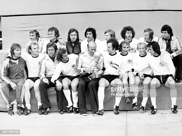 West Germany celebrate with the World Cup after their 21 victory Horst Hottges Sepp Maier Heinz Flohe Gerd Muller Jurgen Grabowski Paul Breitner...