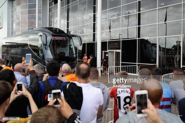 West Ham United coach arrives at St Mary's Stadium while fans look on prior to the Premier League match between Southampton and West Ham United at St...