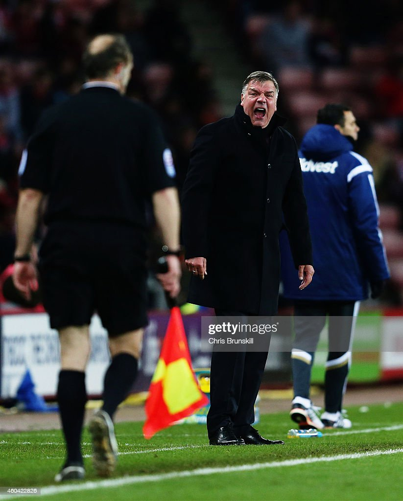 West Ham United manager Sam Allardyce complains to the assistant referee during the Barclays Premier League match between Sunderland and West Ham United at Stadium of Light on December 13, 2014 in Sunderland, England.