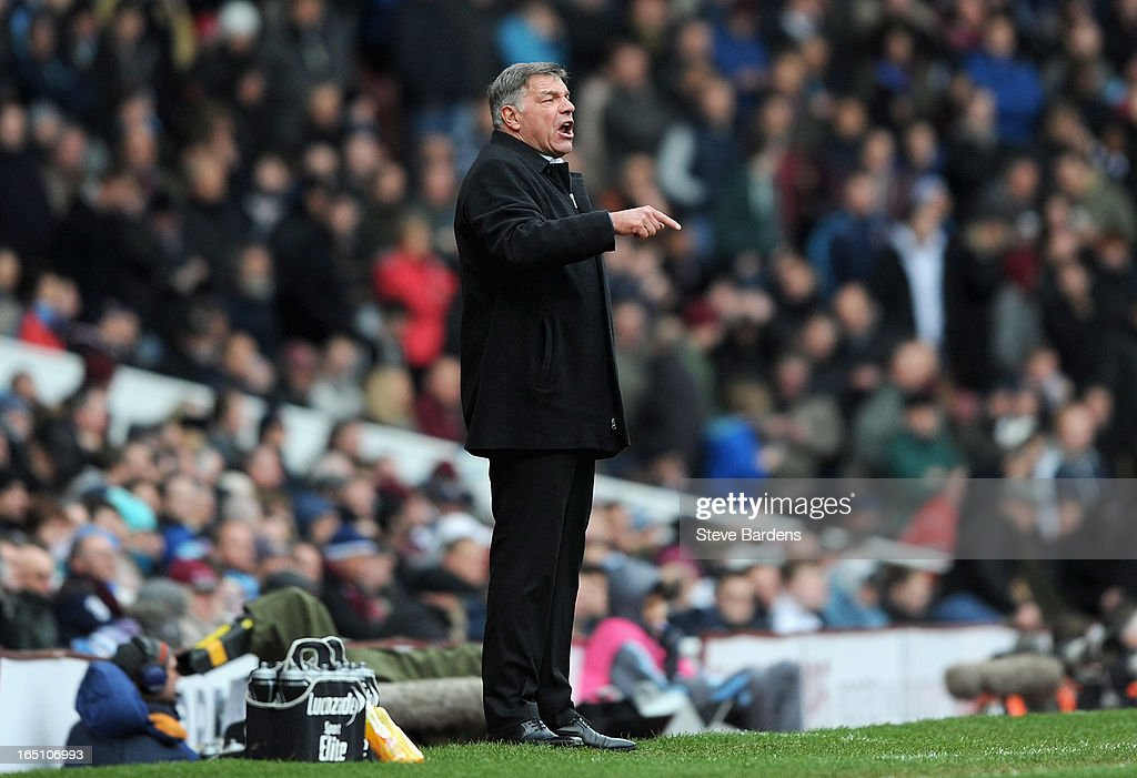 West Ham United manager <a gi-track='captionPersonalityLinkClicked' href=/galleries/search?phrase=Sam+Allardyce&family=editorial&specificpeople=214691 ng-click='$event.stopPropagation()'>Sam Allardyce</a> directs his team during the Barclays Premier League match between West Ham United and West Bromwich Albion at the Boleyn Ground on March 30, 2013 in London, England.